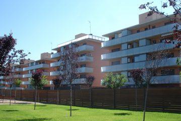 Conjunt d'edificis per a 61 habitatges